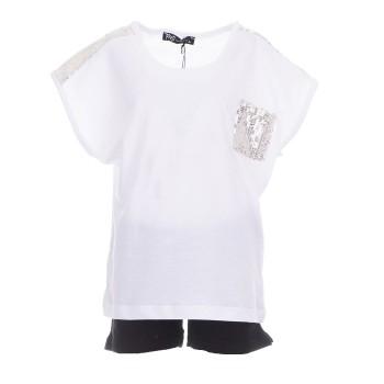 Σύνολο μπλούζα λευκή  με σορτς και μπαγιέτες